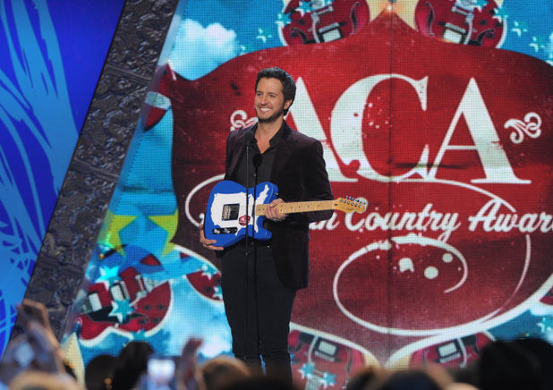 Luke Bryan wins the Artist of The Year award at the 2012 American Country Awards at Mandalay Bay Resort and Casino