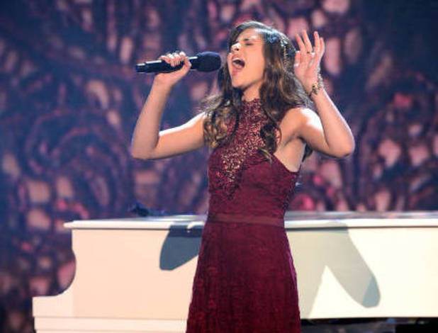 The X Factor USA Season 2: Semifinals - Carly Rose Sonenclar