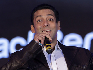Salman Khan unveils the BlackBerry PlayBook tablet in Mumbai, India, Wednesday, June 22, 2011.