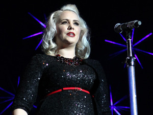 The Hit Factory Live Christmas Cracker: Claire Richards