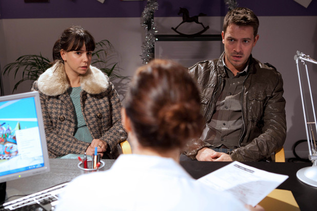 Hollyoaks, Nancy and Darren at the doctors, Thu 27 Dec