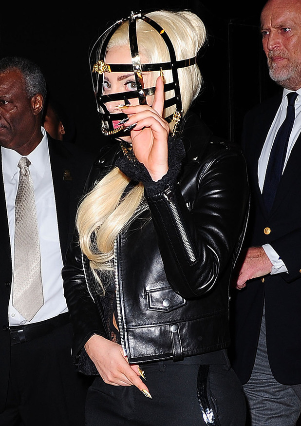 Lady GaGa, metal headgear