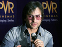 Saif Ali Khan says that while he loves acting, he doesn't enjoy fame.