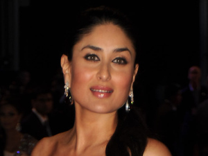 Kareena Kapoor arrives for the RA ONE film premiere at a London Cinema, Tuesday, Oct. 25, 2011. RA ONE is the first Bollywood blockbuster to be released in the UK in 3D.