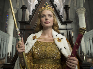 The White Queen: Elizabeth Woodville (REBECCA FERGUSON)