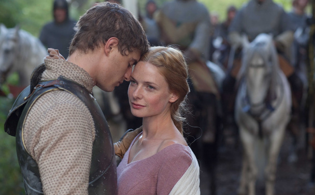 The White Queen: King Edward IV (MAX IRONS), Elizabeth Woodville (REBECCA FERGUSON)