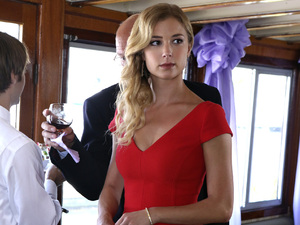 Revenge, series 2, Mon 7 Jan, E4