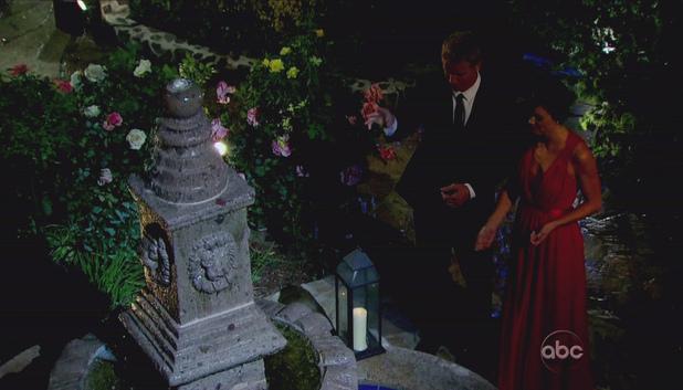 The Bachelor S17E01: Season premiere - Sean Lowe and Desiree