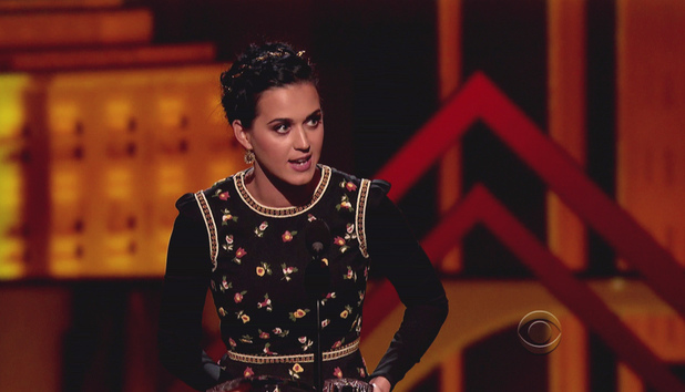 Katy Perry at People's Choice Awards (screencap)