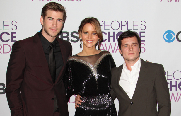 39th Annual People's Choice Awards at Nokia Theatre L.A. Live - Red carpet arrivals: Liam Hemsworth, Jennifer Lawrence and Josh Hutcherson