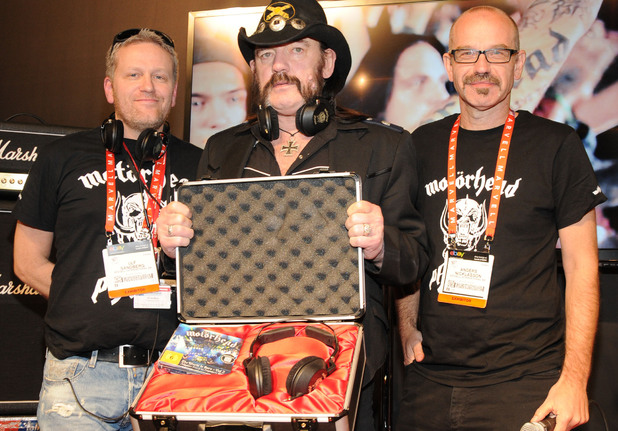 CES 2013: Ulf Sandberg, Lemmy and Anders Nicklasson with Motorheadphones
