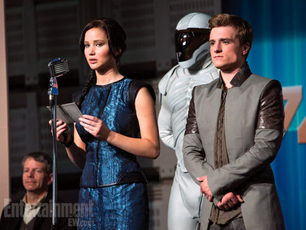 'The Hunger Games: Catching Fire' still: Jennifer Lawrence, Josh Hutcherson