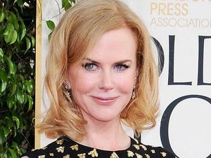 Nicole Kidman arriving at the 70th Annual Golden Globe Awards 2013 in Los Angeles
