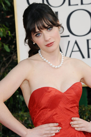 Zooey Deschanel, 70th Annual Golden Globes Awards, LA, 13/01/13