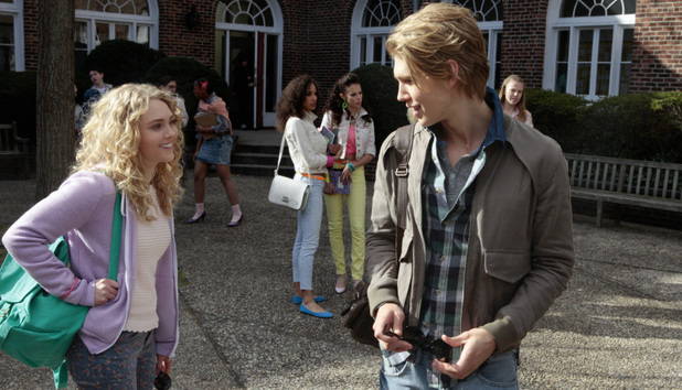 The Carrie Diaries S01E01: Pilot