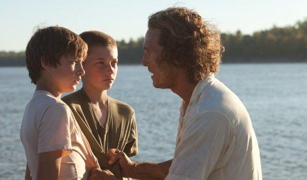 'Mud' still: Matthew McConaughey, Tye Sheridan, Jacob Lofland