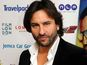 Saif: 'I look up to Shah Rukh Khan'