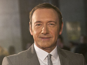 Actor Kevin Spacey arrives on the red carpet for the UK Premiere of &#39;House of Cards&#39; at a Leicester Square cinema in London, Thursday, Jan. 17, 2013. 