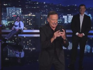 Matt Damon hijacks Jimmy Kimmel show with Robin Williams
