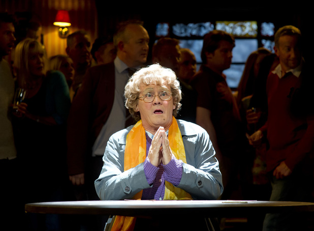 Mrs Brown's Boys - series 3 episode 3: Agnes Brown (Brendan O'Connell)