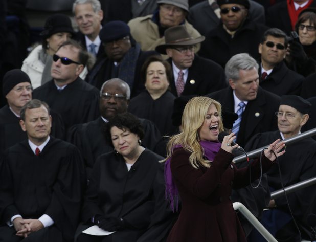 Kelly Clarkson sings at Barack Obama's second presidential inauguration