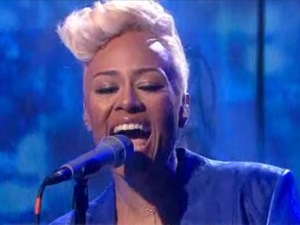 Emeli Sandé performs 'Next To Me' on the 'Today' show in the US.