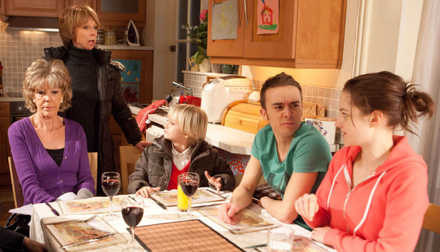 Corrie Ep. 8059, 11-02-13