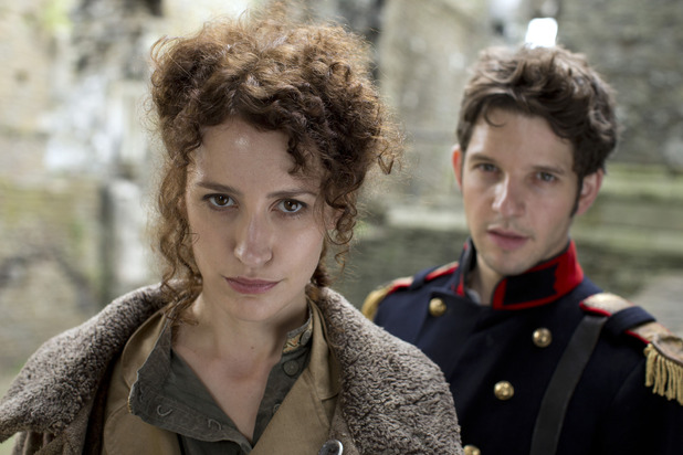 Lady Catherine (VICTORIA ROSS), Hal (Damien Molony)