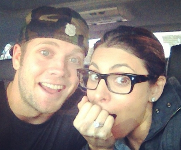Jamie-Lynn Sigler announces her engagement to Cutter Dykstra