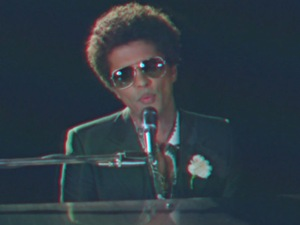 Bruno Mars in 'When I Was Your Man' music video.