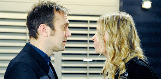 6481: Declan is left impressed by Charity as she drops off her deal files and wants to meet for dinner
