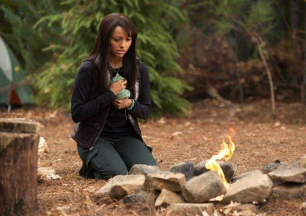 Katerina Graham in The Vampire Diaries S04E13 ('Into The Wild') as Bonnie Bennett