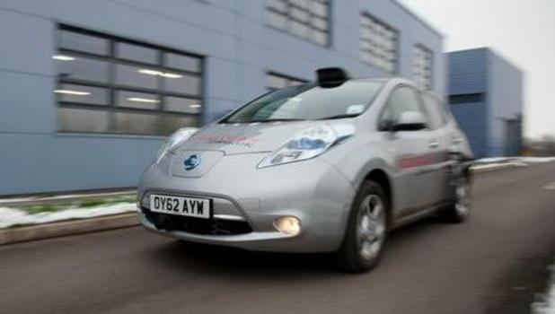 Self-drive car tested in Oxford