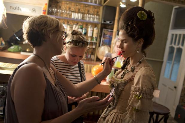 Lady Mary (Amanda Hale)