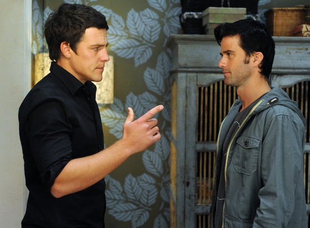 Brax confronts Zac about Casey's bruises.