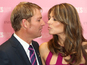Warne slams Hurley after kissing pictures