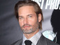 Josh Holloway to be a dad again