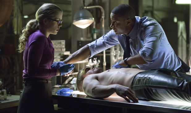 Arrow S01E14: &#39;The Odyssey&#39; 