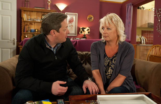 8078: When Paul reveals he only went with Toni to buy an engagement ring, Eileen can't believe she's blown her romantic proposal