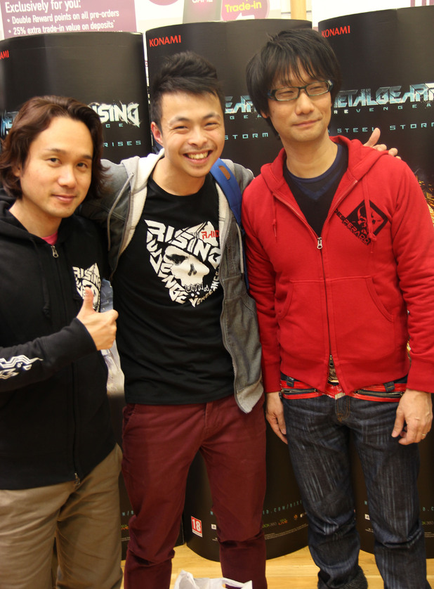 Hideo Kojima and Yoji Shinkawa pose with Kim-Man