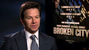 Wahlberg's 'Lone Survivor' - trailer