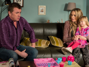 Alfie tells Roxy he has no rights to Tommy as he's not his biological father.