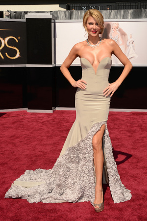 Brandi Glanville, Oscars 2013, daring dresses, plunging dresses