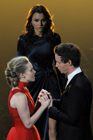 Amanda Seyfried, Samantha Barks and Eddie Redmayne at the 2013 Oscars