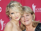 "Taylor Swift's mum thought ""Starbucks lovers"" was in the 'Blank Space' lyrics too"
