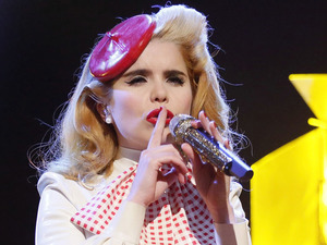 Paloma faith performing on Comic Relief's Big Chat