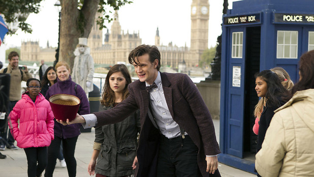 Doctor Who Series 7 sneak peek: Matt Smith and Jenna-Louise Coleman attract a crowd in London's South Bank