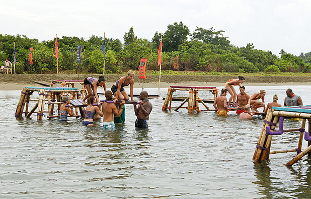 "Survivor: Caramoan - Fans vs Favourites (""Kill or be Killed"") The Bikal and Gota Tribe compete for a reward"
