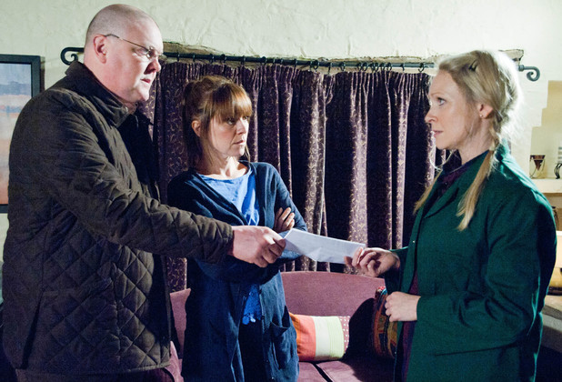 6498: Paddy and Rhona accept Vanessa's letter of resignation