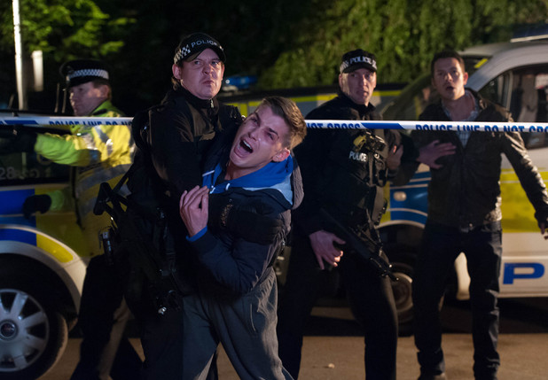 Ste fights his way to see Brendan.